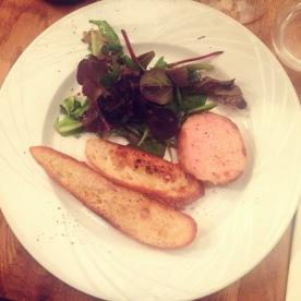 Entrée : foie gras mi-cuit